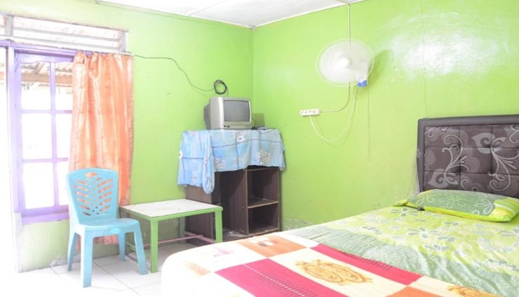 Uncle Jack Beach Homestay 3 Padang - Bedroom