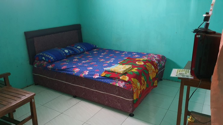 OYO 3969 Villa Bu Kris Mojokerto - Guestroom S/D