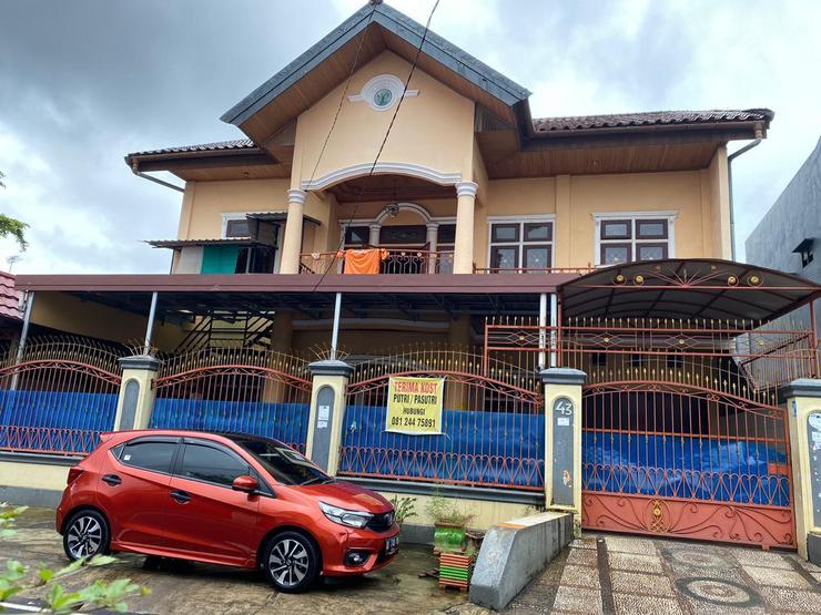Homestay Nunung Makassar - Appearance