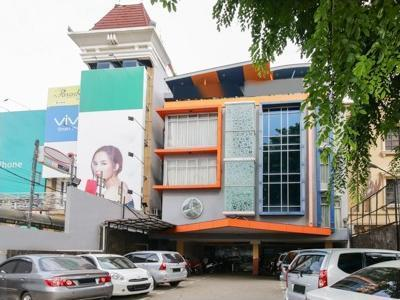 Airy Tanjung Karang Raden Intan 75 Lampung - Hotel Front