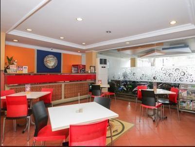Airy Tanjung Karang Raden Intan 75 Lampung - Restaurant