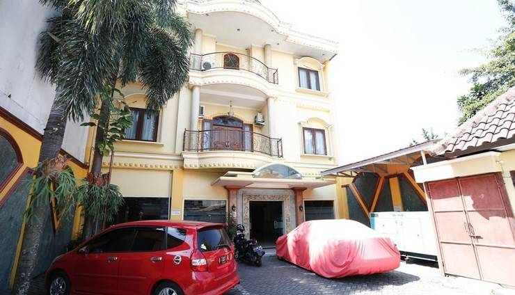 RedDoorz near Ambarukmo Plaza 3 Gerongan -
