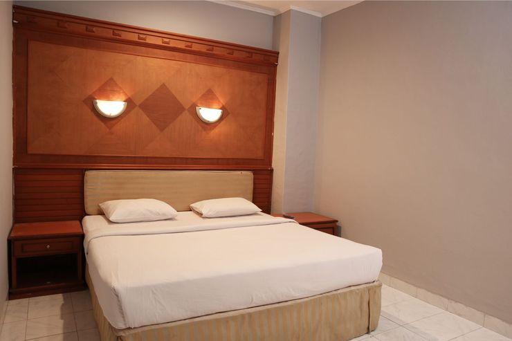 Mona Plaza Hotel Pekanbaru - Bedroom