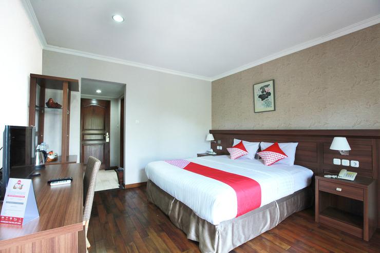 OYO 510 Wisma Joglo Hotel Bandung - Bedroom