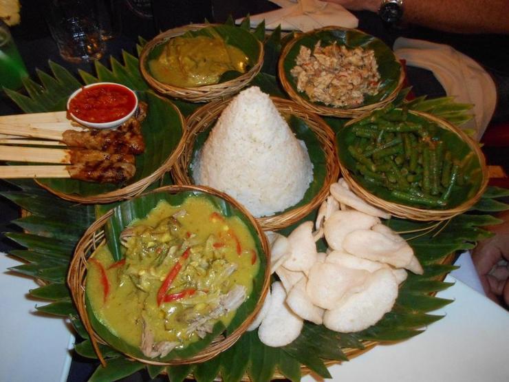 Emerald Villa B-18 Bali - Meal