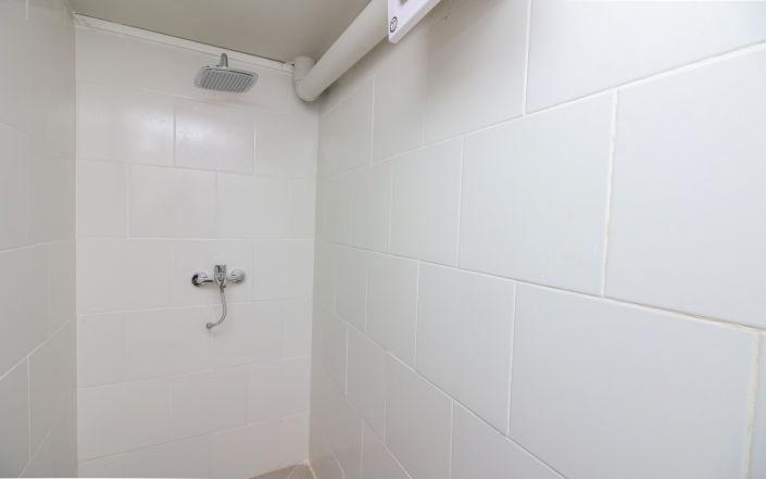 Kamar Keluarga Bandara 4 Tangerang - Toilet