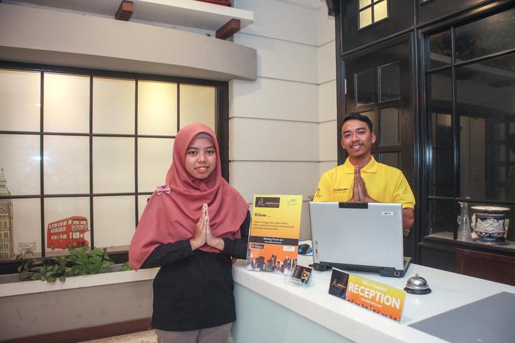Literooms Minijack Megamendung Puncak Bogor - RECEPTION