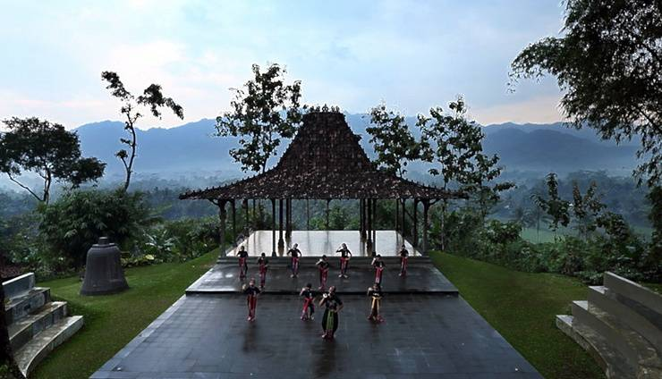 Plataran Borobudur Magelang - Dance Lesson