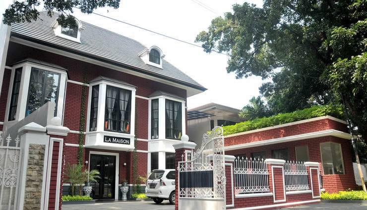 RedDoorz Premium near RS Pondok Indah Jakarta - Eksterior