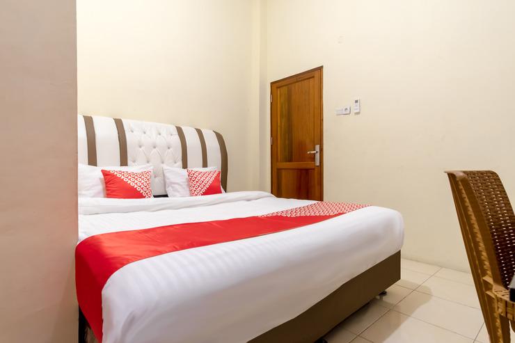 OYO 1243 9-haan Homestay Medan - Bedroom