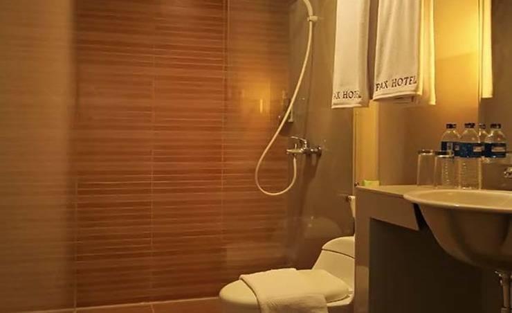 Pax Hotel Matraman Jakarta - Kamar mandi