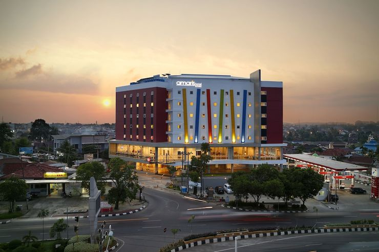 Amaris Hotel Palembang - Featured Image