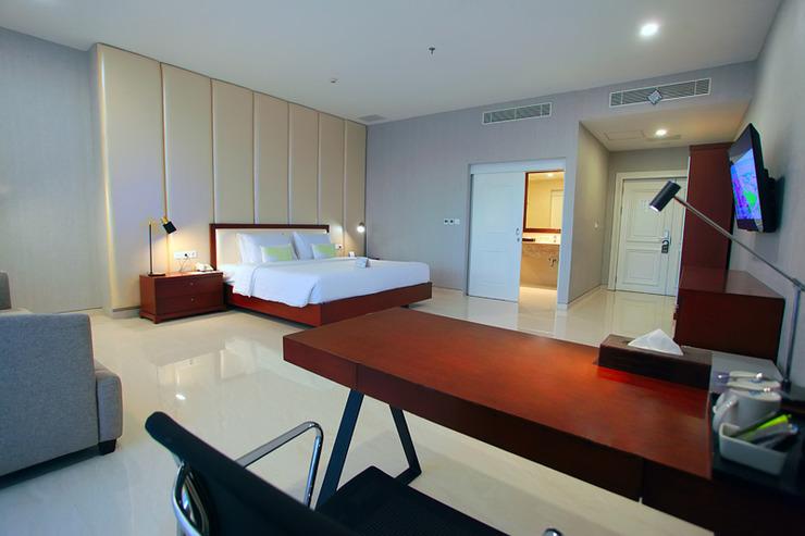 Grand Whiz Megamas Manado Manado - Room