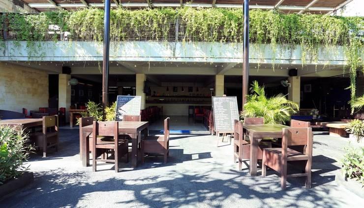 RedDoorz near Kuta Square Bali - Eksterior