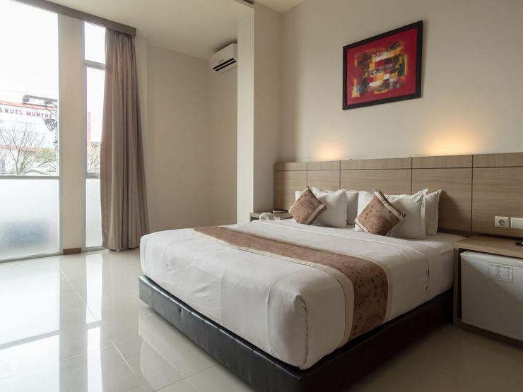 Putra Mulia Hotel Medan - Bedroom