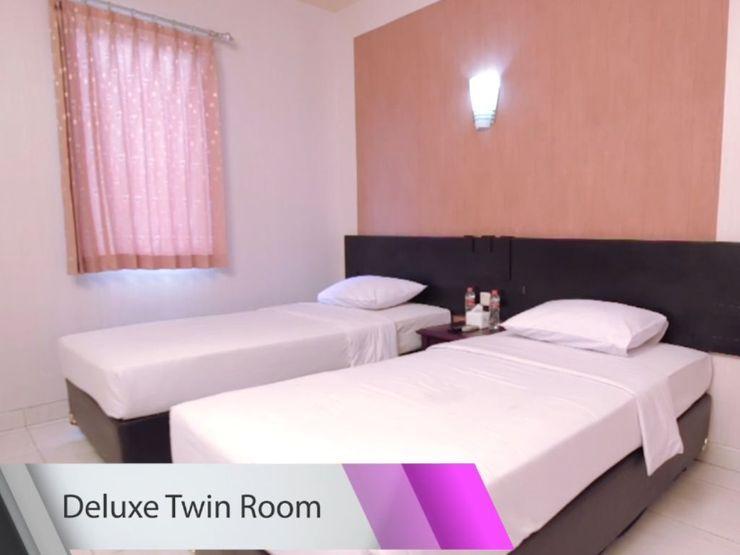Malioboro Palace Yogyakarta - Deluxe Twin Room