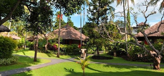 Legian Beach Hotel Bali - Taman