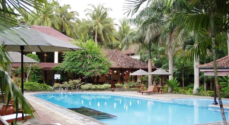 Puri Saron Senggigi Beach Resort Lombok -  Kolam Renang