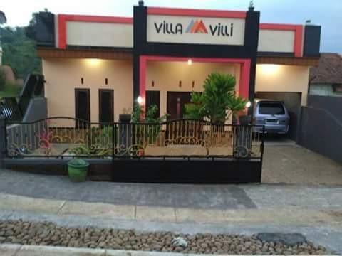 Villa Villi Malang - Eksterior