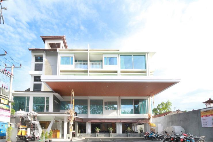 Airy Legian Sriwijaya Kuta Bali - Hotel Building
