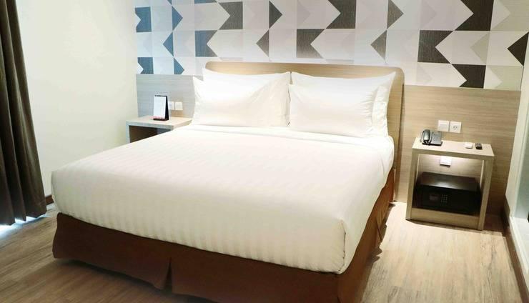 Luminor Hotel Pecenongan Jakarta - deluxe queen