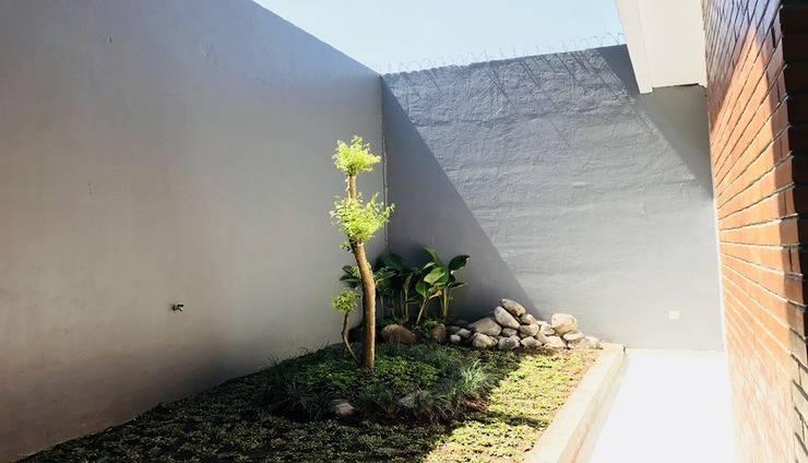 Stay at H Yogyakarta - Exterior