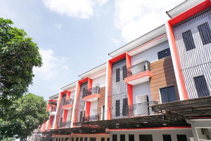 RedDoorz Plus @ Tlogomas Malang - Bangunan