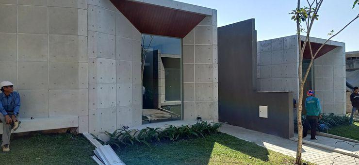 Villa Adiel Malang - Exterior