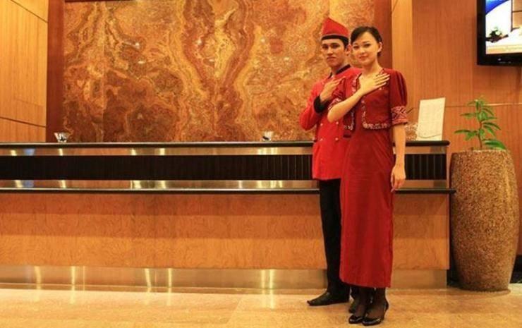 Aston Manado - REC