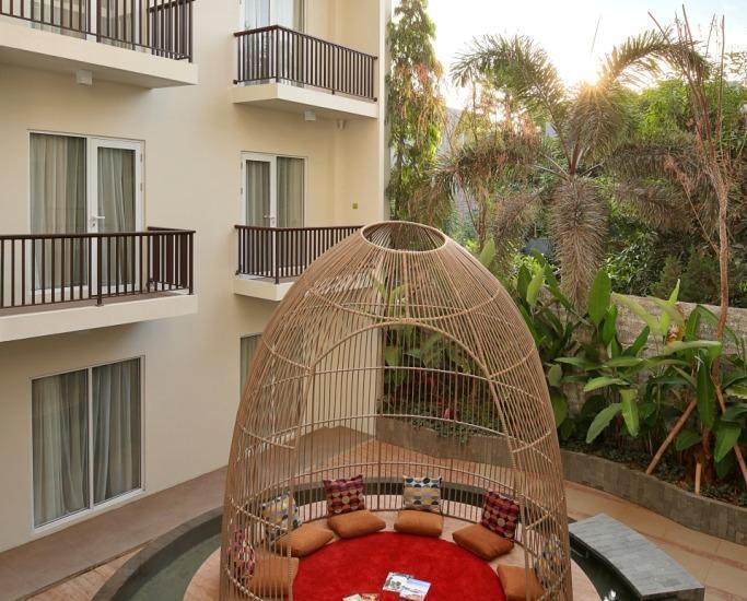 MaxOne Hotel  Seminyak - POND