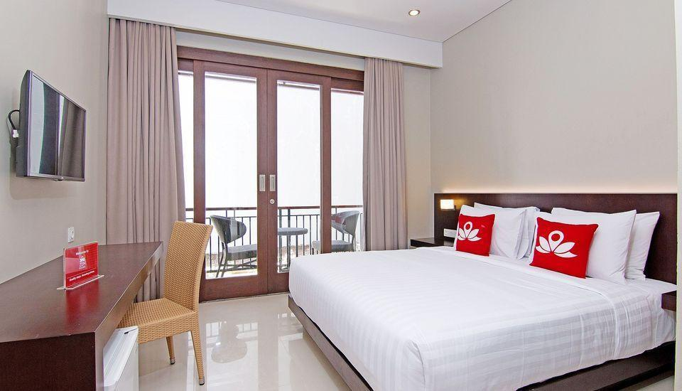 ZenRooms Jimbaran Jepun Bali - Double Room Only Regular Plan