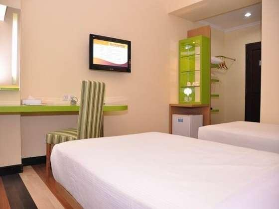 Hotel Pandanaran Semarang - Deluxe Twin Room Only Hot Deal