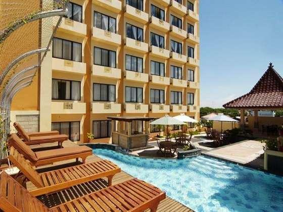 Hotel Pandanaran Semarang - Flamboyan Pool