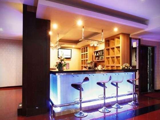 Hotel Pandanaran Semarang - Lounge Seruni