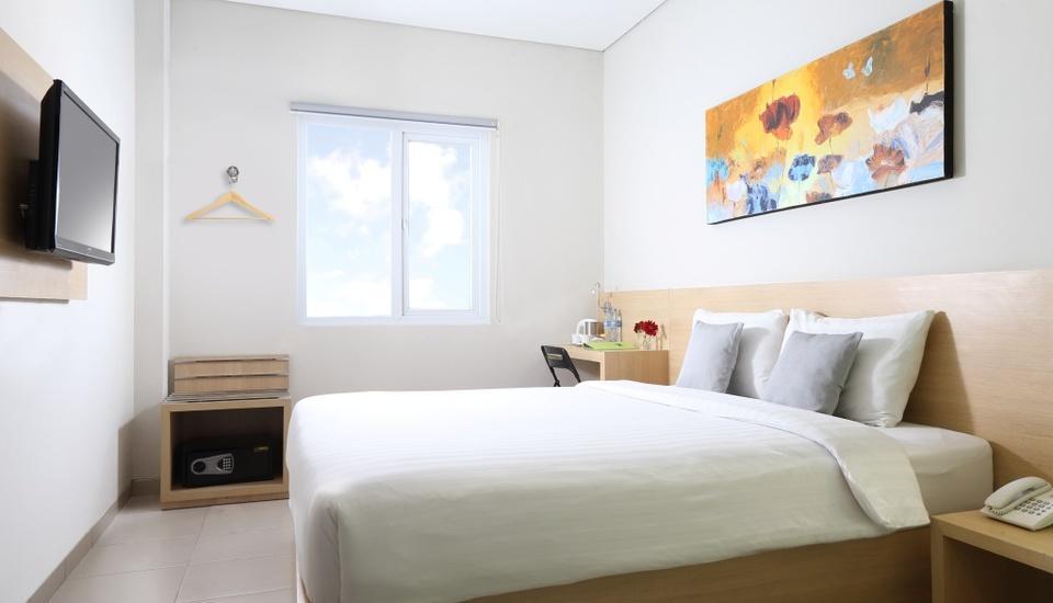 Lemo Hotel Tangerang - Room