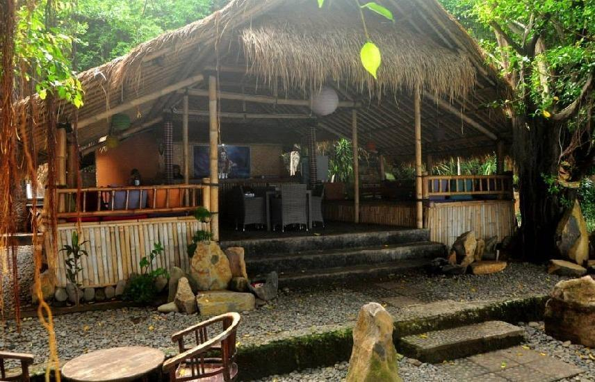 Kawi Karma Beach Cottages Amed - Lihat depan