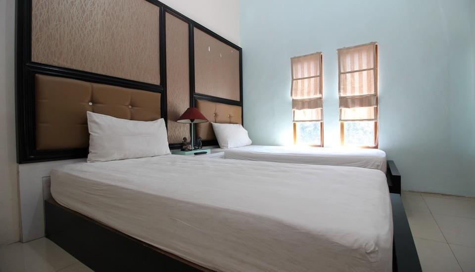 Adya Nalendra Hotel Yogyakarta - Kamar Tamu