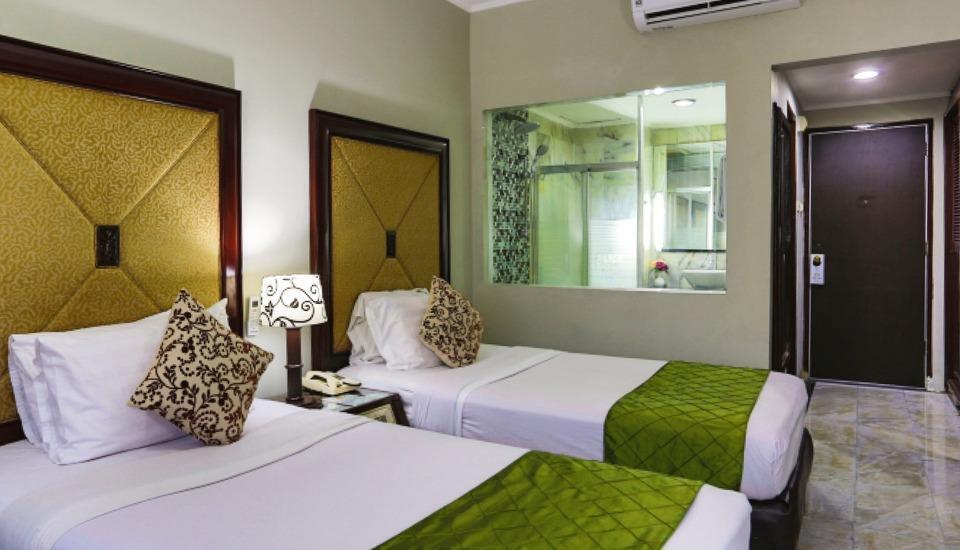 John's Pardede International Hotel Jakarta - Kamar Deluxe Twin