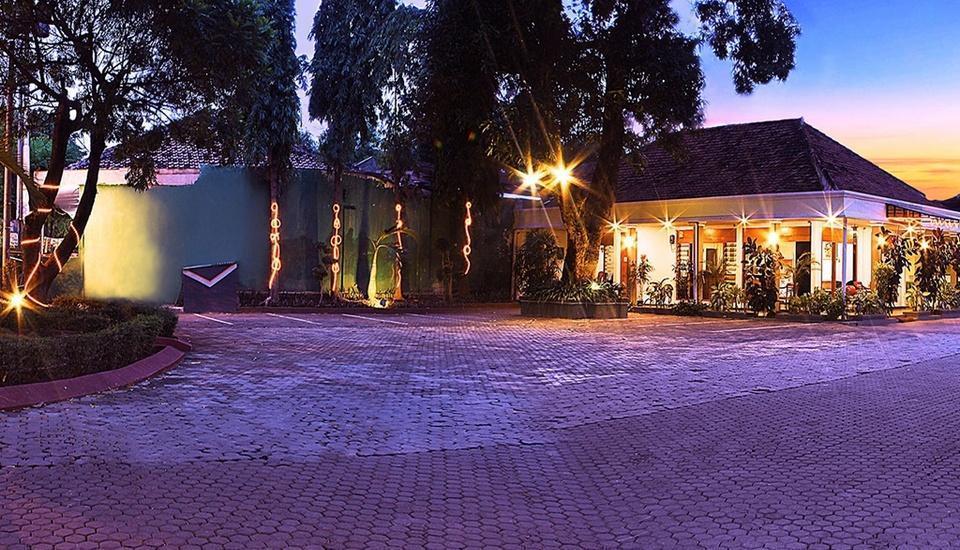 Hotel Pasuruan Pasuruan - Tampilan Luar Hotel