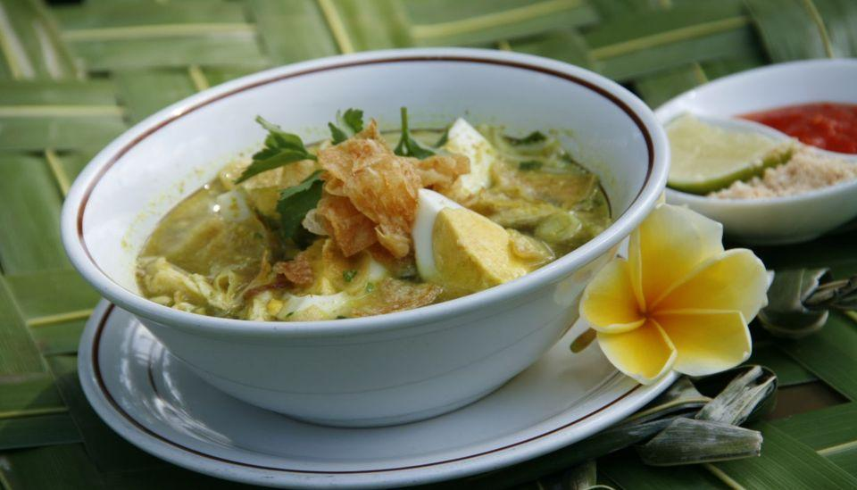 Aruna Senggigi Resort & Convention Lombok - Soto ala Graha