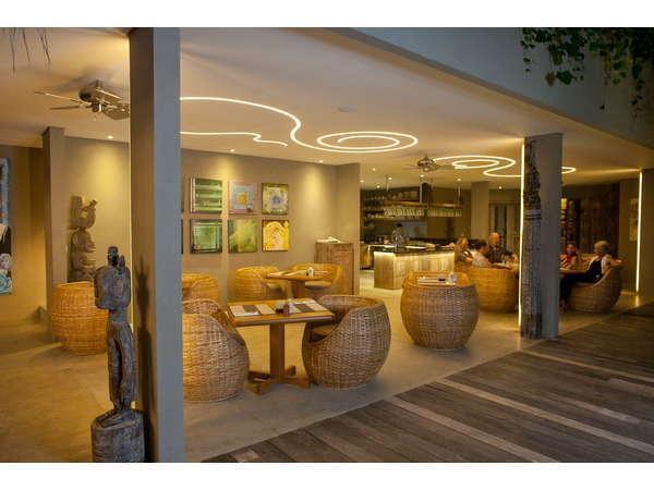 Blue Karma Hotel Bali - Lobi