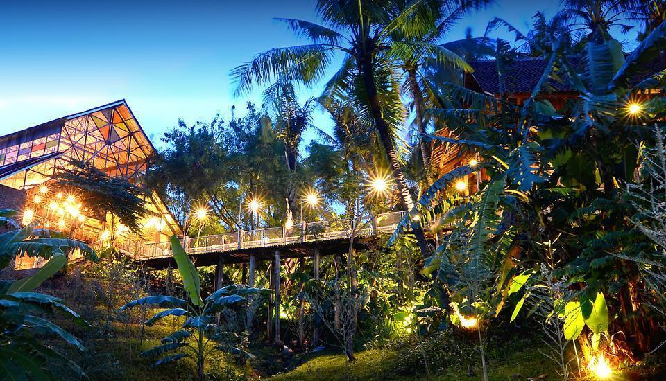 Desa Alamanis Cirebon - SEKELILING