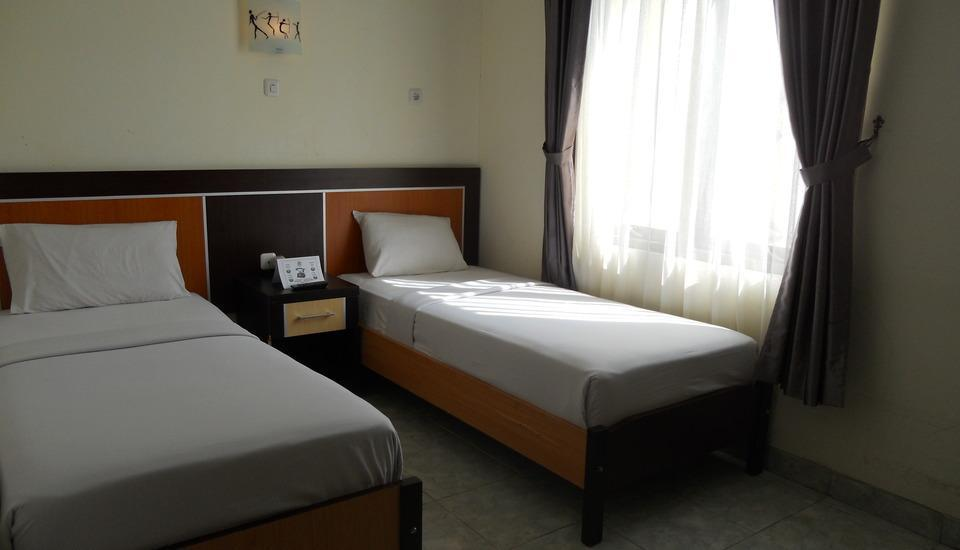 Hotel Derawan Indah Berau - Standard Twin Room Regular Plan