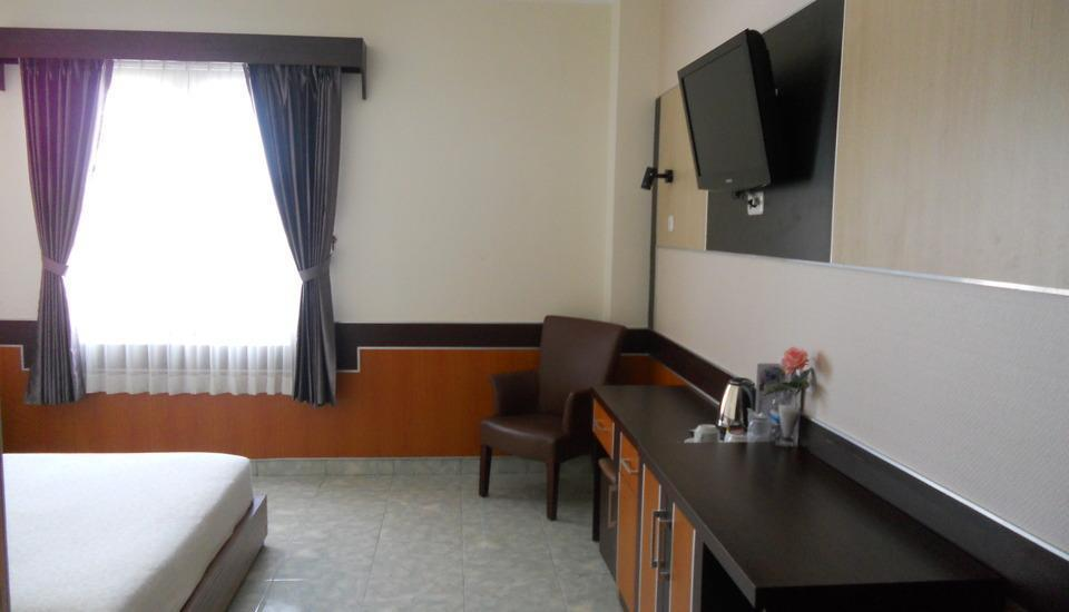 Hotel Derawan Indah Berau - Executive Queen Room #WIDIH - Pegipegi Promotion