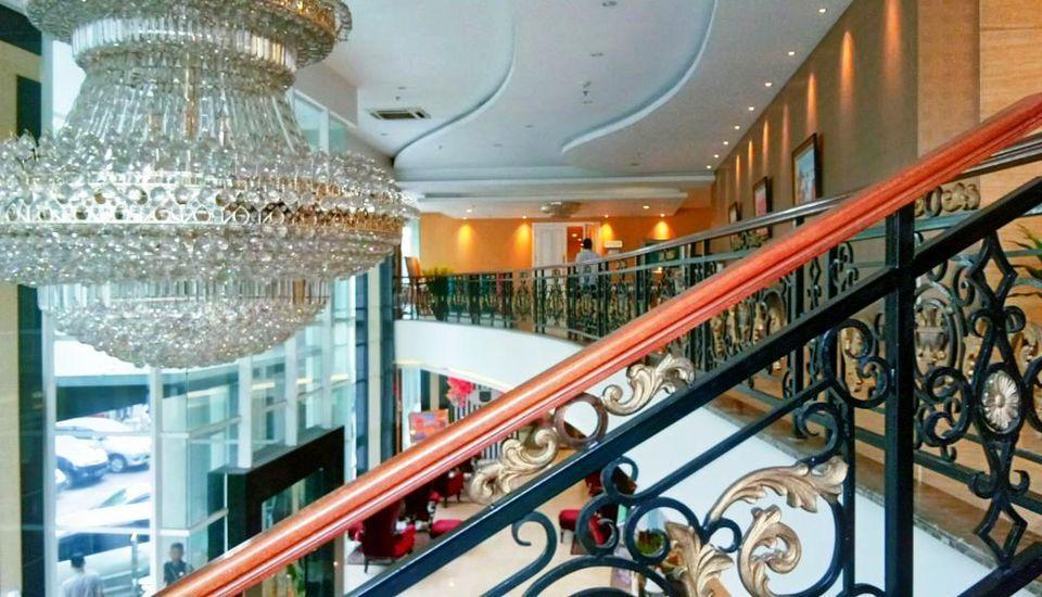 Grand Savero Hotel Bogor - lOBBY