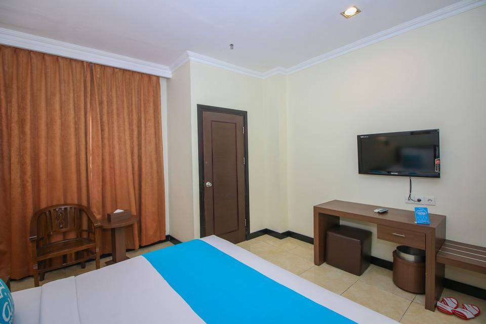 Airy Yos Sudarso 1145 Lubuklinggau - Deluxe Double Room with Breakfast Special Promo Jan 5