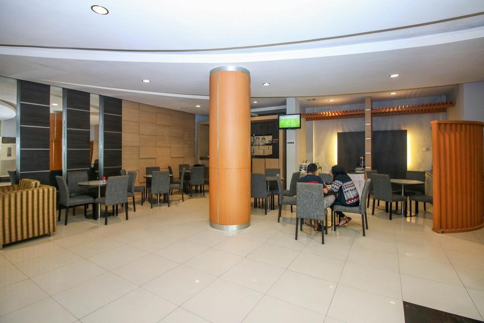 Airy Kendari Barat Diponegoro 75 Kendari - Lobby