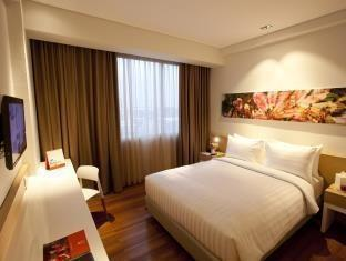 Swiss Belinn Airport Jakarta - Superior Queen Room Only  Pay Now and Save