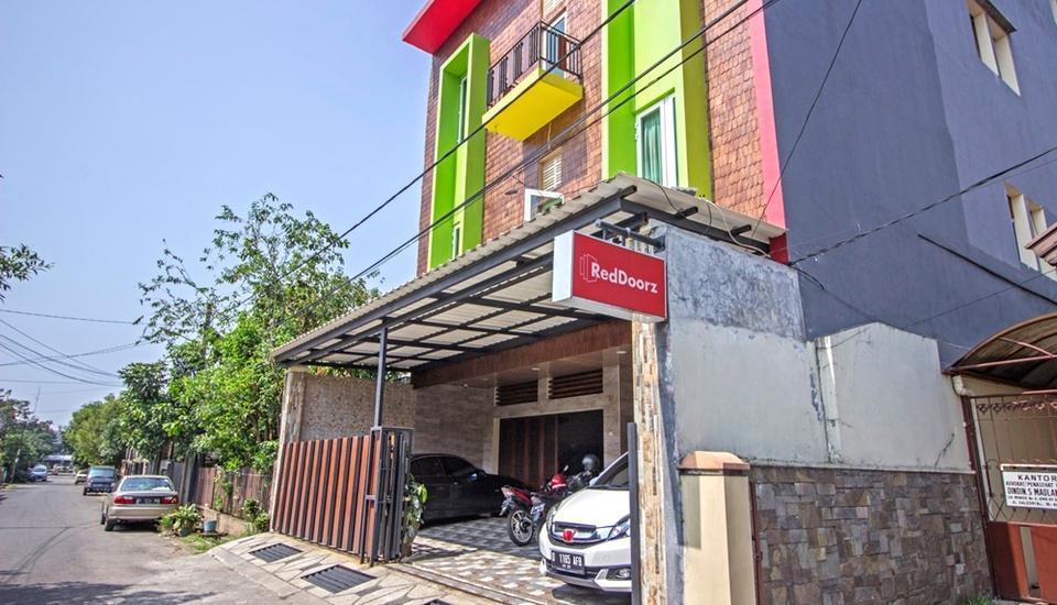 RedDoorz near Trans Studio Mall 2 Bandung - Exterior