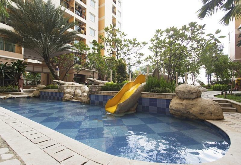 RedDoorz Apartment @MOI Gading Jakarta - Kolam Renang